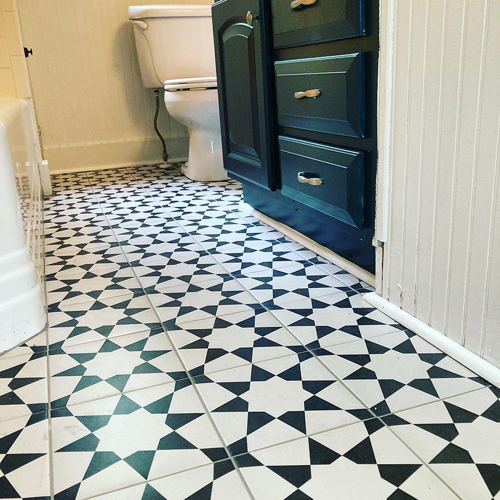 Star tiled bathroom